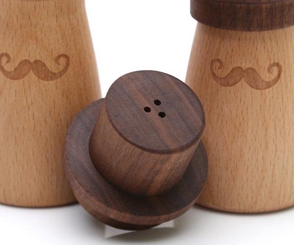 Drewniany pojemnik na wykałaczki - Mr. Right
